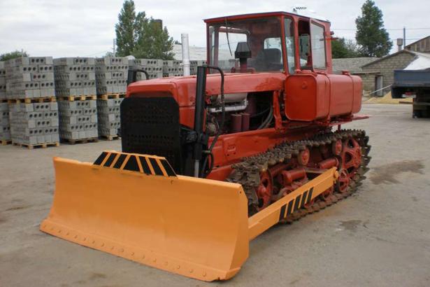 Аренда бульдозера ДТ-75 в Московской области
