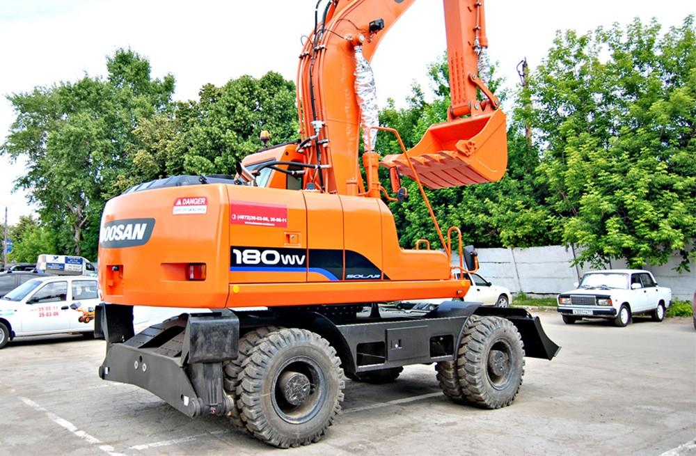 Аренда экскаватора Doosan S180W-V